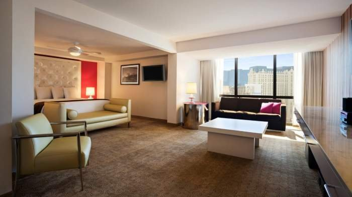 Flamingo Las Vegas Go Mini Suite