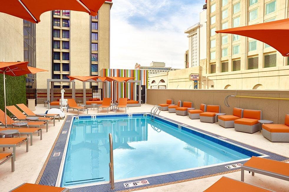 The Cal Las Vegas Pool