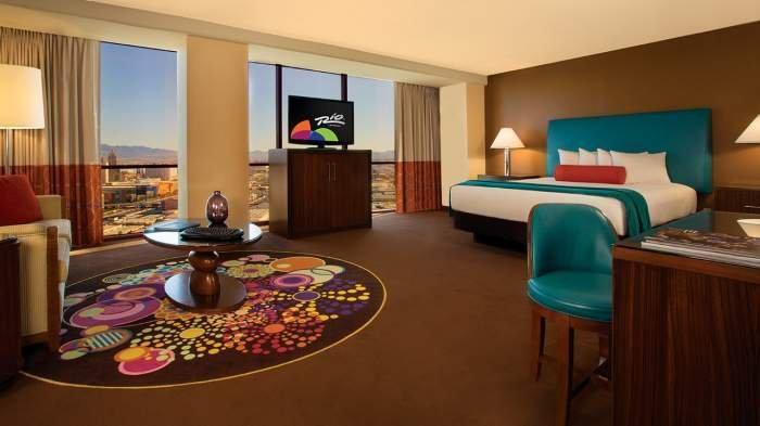 Rio Las Vegas Luxury Suite 1 King