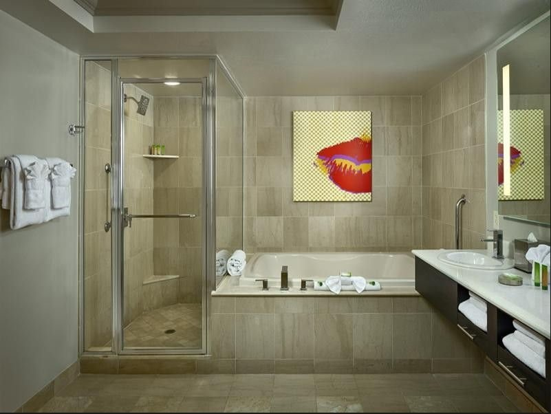 The Strat Las Vegas Boulevard Suite Bathroom