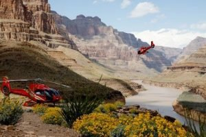Grand Canyon Helicopter Tour Grand Celebration With Las Vegas Strip