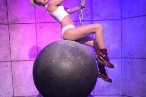 Madame Tussauds Las Vegas Miley Cyrus Wrecking Ball