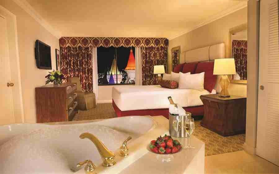 Excalibur Hotel Las Vegas Royal Luxury Suite