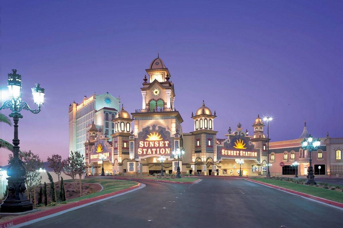 Sunset Station Hotel Las Vegas Deals & Promo Codes