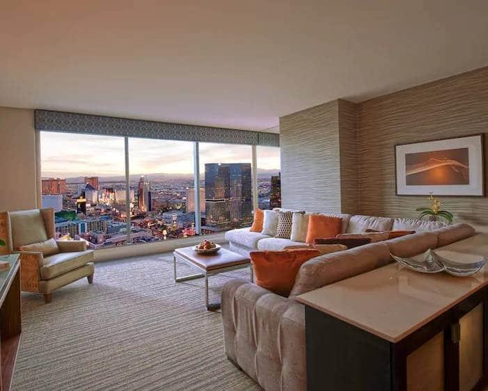Elara Las Vegas Junior 1 Bedroom King Suite Living Room