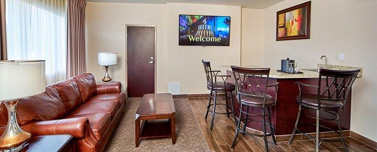 Four Queens Las Vegas Ragal Suite Bar