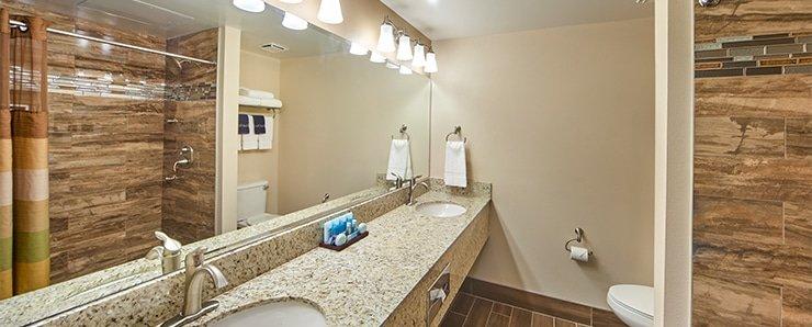 Four Queens Las Vegas Ragal Suite Bathroom