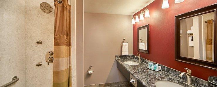 Four Queens Las Vegas Royal Suite Bathroom