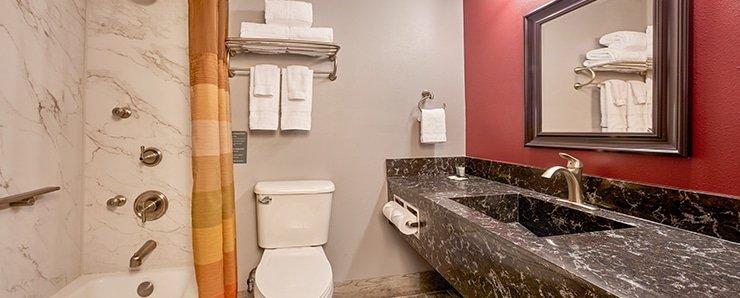 Four Queens Las Vegas South Tower Premium Room Bathroom