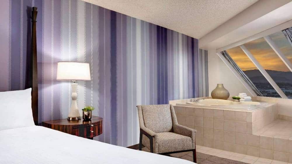 Luxor Las Vegas Corner Suite