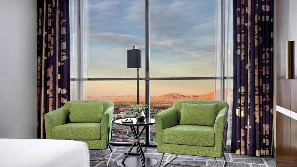 Luxor Las Vegas Tower Elite King Room