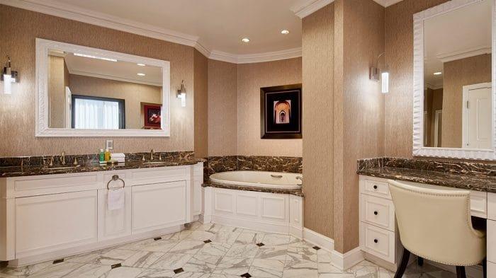 Planet Hollywood Las Vegas Bay Suite Bathroom