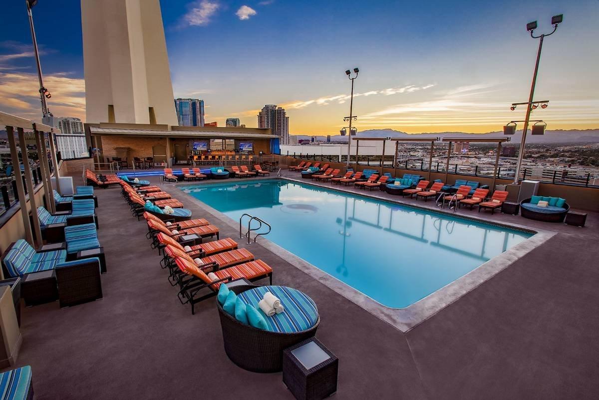 The Strat Las Vegas RADIUS° Rooftop Pool