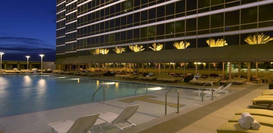 Trump Las Vegas Deluxe Pool