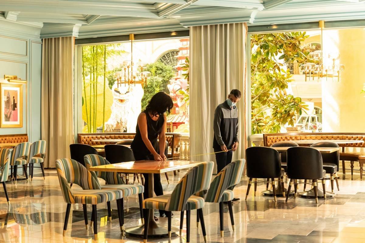 Physical Distancing Between Guests in Las Vegas Restaurants